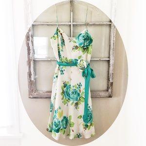 BANANA REPUBLIC, 100% Silk Dress 👗, Size 4, NWT